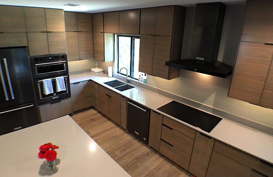 Modern Kitchen overhead